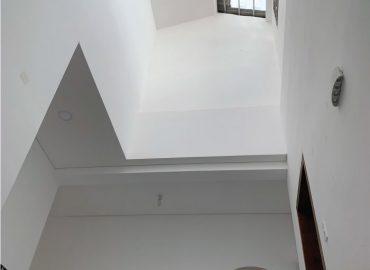 biệt thự mini khi nhìn từ dưới lên