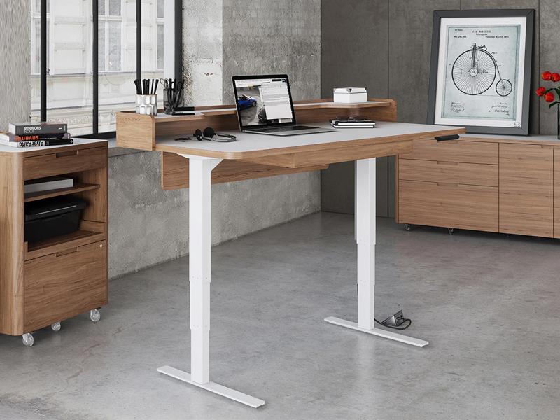 Phong thủy bàn làm việc cho người mệnh Kim cần chú ý kích thước bàn làm việc