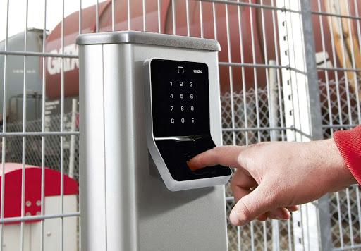 Lưu ý về vấn đề đảm bảo vệ sinh và an ninh khi xây nhà trọ cho thuê